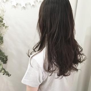 ロング 抜け感 春 アッシュ ヘアスタイルや髪型の写真・画像 ヘアスタイルや髪型の写真・画像