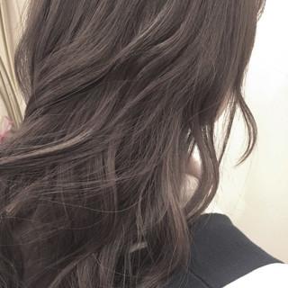 ミディアム グラデーションカラー ナチュラル 暗髪 ヘアスタイルや髪型の写真・画像