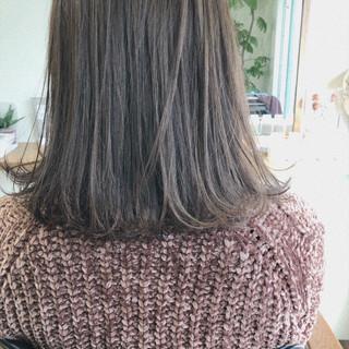 ゆるふわ ミディアム アンニュイほつれヘア ガーリー ヘアスタイルや髪型の写真・画像