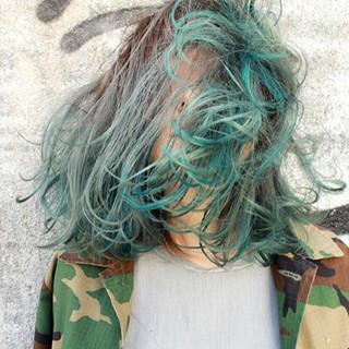 グラデーションカラー ミディアム ハイライト モード ヘアスタイルや髪型の写真・画像