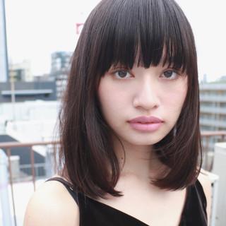 色気 ミディアム 前髪あり ナチュラル ヘアスタイルや髪型の写真・画像