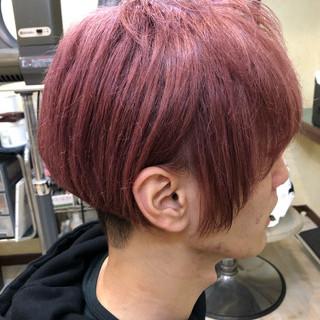 ピンクバイオレット モード ショート ブリーチカラー ヘアスタイルや髪型の写真・画像