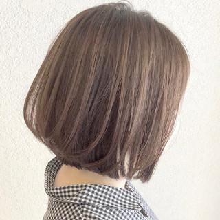ミニボブ ボブ ヘアアレンジ ミルクティーベージュ ヘアスタイルや髪型の写真・画像 ヘアスタイルや髪型の写真・画像