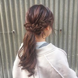デート フェミニン ロング レッド ヘアスタイルや髪型の写真・画像