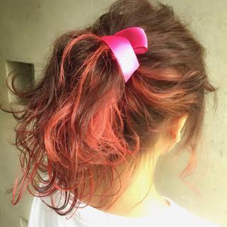 ハイライト ミディアム 簡単ヘアアレンジ ヘアアレンジ ヘアスタイルや髪型の写真・画像