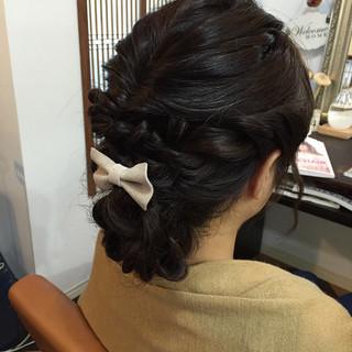 シニヨン 結婚式 愛され ミディアム ヘアスタイルや髪型の写真・画像