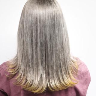 ホワイト ブリーチ ストリート 冬 ヘアスタイルや髪型の写真・画像
