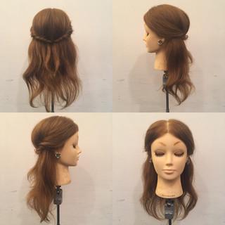 セミロング 簡単ヘアアレンジ ハーフアップ ナチュラル ヘアスタイルや髪型の写真・画像