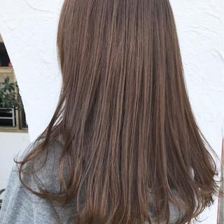 外国人風 女子力 アウトドア セミロング ヘアスタイルや髪型の写真・画像 ヘアスタイルや髪型の写真・画像