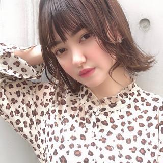 デート ミディアム シースルーバング かわいい ヘアスタイルや髪型の写真・画像