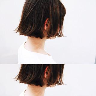 アンニュイ ゆるふわ 切りっぱなし 前髪あり ヘアスタイルや髪型の写真・画像