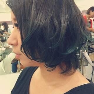 ミディアム グレー カラーバター ダブルカラー ヘアスタイルや髪型の写真・画像