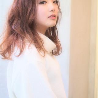 セミロング ラベンダーピンク 外国人風カラー グレージュ ヘアスタイルや髪型の写真・画像