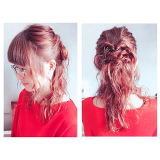 ハーフアップ ミディアム ガーリー パーマ ヘアスタイルや髪型の写真・画像