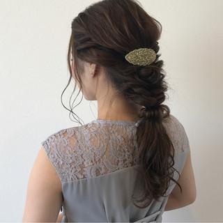 結婚式 ヘアアレンジ セミロング フィッシュボーン ヘアスタイルや髪型の写真・画像