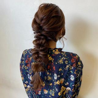 ガーリー 編みおろしヘア 編みおろし 結婚式ヘアアレンジ ヘアスタイルや髪型の写真・画像