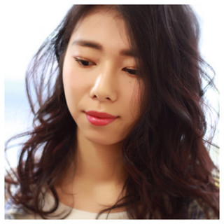 パーマ 外国人風 暗髪 大人かわいい ヘアスタイルや髪型の写真・画像 ヘアスタイルや髪型の写真・画像