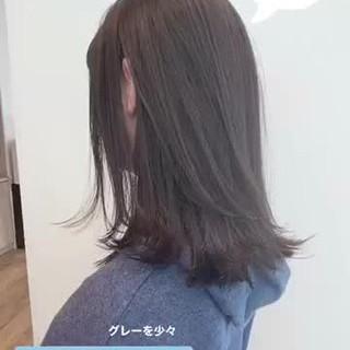 ナチュラル アッシュベージュ ミディアムレイヤー 透明感カラー ヘアスタイルや髪型の写真・画像