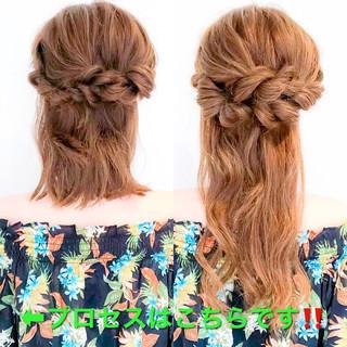 フェミニン ロング くるりんぱ ヘアアレンジ ヘアスタイルや髪型の写真・画像