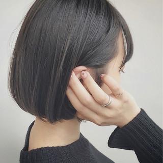 モード ショートボブ ボブ 切りっぱなし ヘアスタイルや髪型の写真・画像