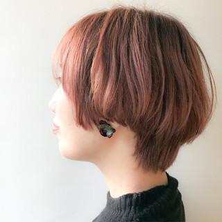 ピンク アンニュイ オフィス 愛され ヘアスタイルや髪型の写真・画像