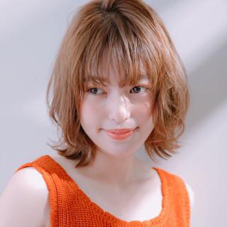 大人かわいい ウルフカット オフィス アンニュイほつれヘア ヘアスタイルや髪型の写真・画像