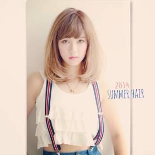 ガーリー モテ髪 ミディアム ストリート ヘアスタイルや髪型の写真・画像