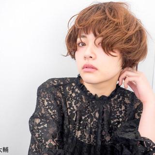 パーマ マッシュ モード アッシュ ヘアスタイルや髪型の写真・画像