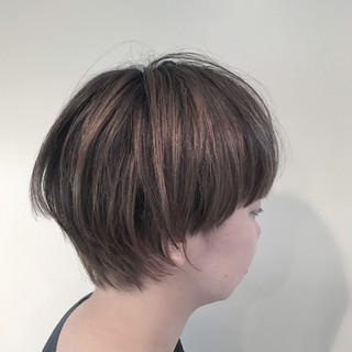 ストリート 外国人風 ウルフカット ハイライト ヘアスタイルや髪型の写真・画像