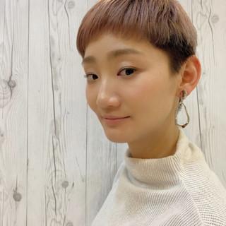 ブリーチ ショート ブリーチカラー モード ヘアスタイルや髪型の写真・画像