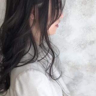 アッシュグレージュ ロング エレガント グレージュ ヘアスタイルや髪型の写真・画像