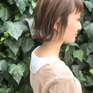 大人かわいい 切りっぱなし 秋 ナチュラル ヘアスタイルや髪型の写真・画像