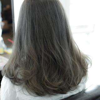 ストリート 外国人風 ミディアム アッシュ ヘアスタイルや髪型の写真・画像