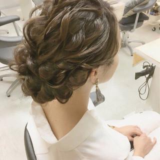 セミロング パーティ 上品 結婚式 ヘアスタイルや髪型の写真・画像