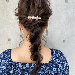 ナチュラル 編みおろし ローポニーテール ポニーテールアレンジ ヘアスタイルや髪型の写真・画像