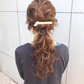 結婚式 ナチュラル セミロング アンニュイほつれヘア ヘアスタイルや髪型の写真・画像