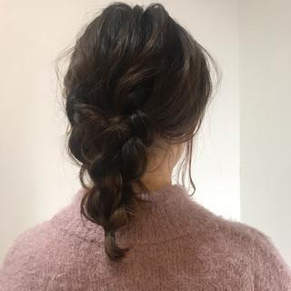 ミディアム 簡単ヘアアレンジ デート ヘアアレンジ ヘアスタイルや髪型の写真・画像