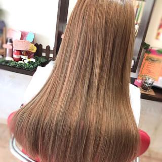ロング ミルクティー ハイライト エクステ ヘアスタイルや髪型の写真・画像