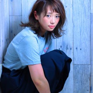 ストリート 涼しげ ミディアム ナチュラル ヘアスタイルや髪型の写真・画像
