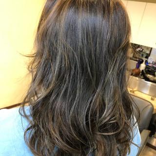 フェミニン バレイヤージュ 外国人風カラー ゆるふわ ヘアスタイルや髪型の写真・画像