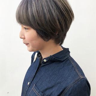 ショート デート ナチュラル グレージュ ヘアスタイルや髪型の写真・画像