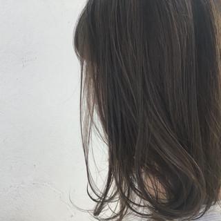 外国人風 グレージュ デート ガーリー ヘアスタイルや髪型の写真・画像