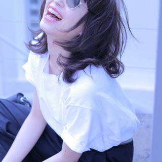 ミディアム ストリート 前髪あり ブルー ヘアスタイルや髪型の写真・画像