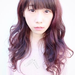 ハイトーン ピンク ブリーチ ロング ヘアスタイルや髪型の写真・画像