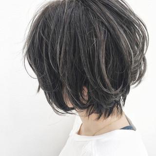オフィス ストリート ショート リラックス ヘアスタイルや髪型の写真・画像