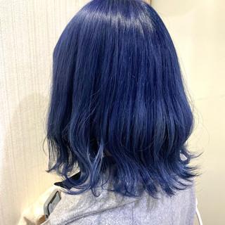 ブリーチカラー ダブルカラー ネイビーブルー ボブ ヘアスタイルや髪型の写真・画像