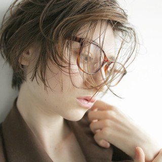 ショート 外国人風 ウェットヘア ナチュラル ヘアスタイルや髪型の写真・画像