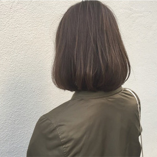 外国人風 大人女子 ナチュラル 切りっぱなし ヘアスタイルや髪型の写真・画像