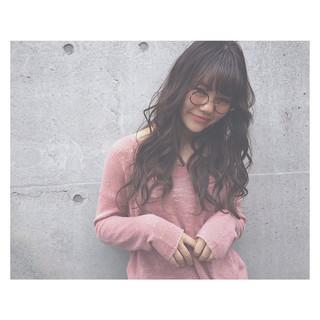 外国人風カラー パーマ アッシュ ロング ヘアスタイルや髪型の写真・画像