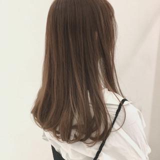 透明感 ベージュ オフィス 大人かわいい ヘアスタイルや髪型の写真・画像